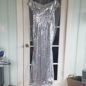 NWOT Silver Sequin Gown sz S/M